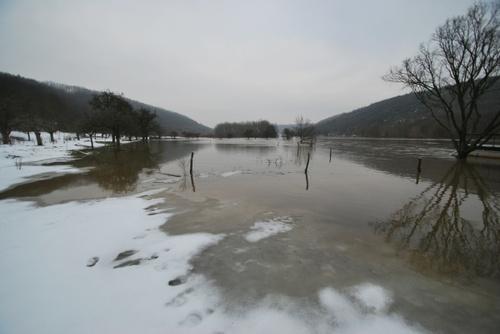 Saale, Friedeburg nach Brucke